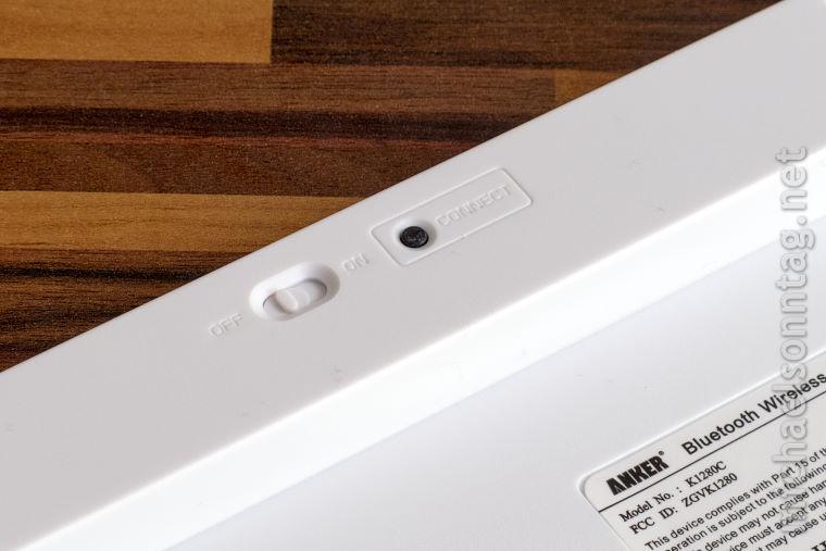 Anker-Bluetooth-Wireless-Keyboard-Unterseite-mit-Schalter-und-Connect-Knopf