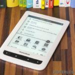 PocketBook Touch Lux 2 mit eingeschalteter Beleuchtung