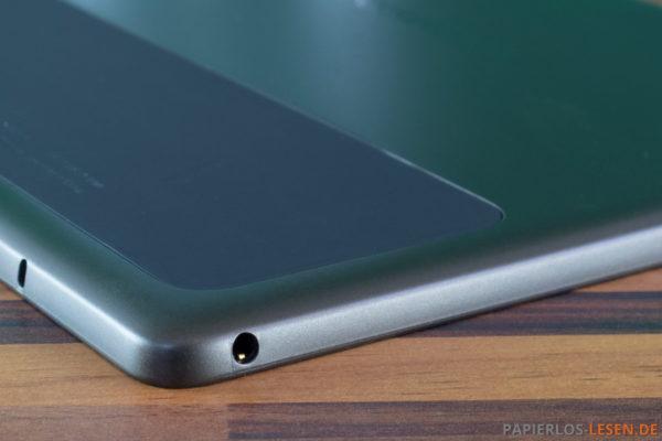 3,5 mm-Audioanschluss an der Unterseite