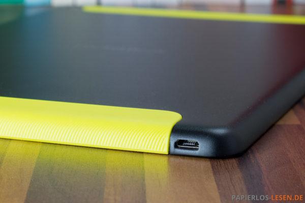 Unterseite mit Micro-USB-Anschluss