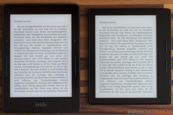 unbeleuchtete Bildschirme Kindle Voyage (links) und Kindle Oasis (rechts)