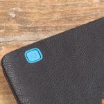 Kobo Aura One Sleepcover - eingearbeiteter Powerknopf auf der Rückseite