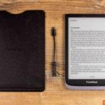 PocketBook Inkpad 3 Pro mit Einschubhülle und Audioadapter